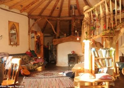 Charming Interior 3