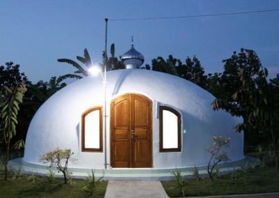 Domes Monolithic